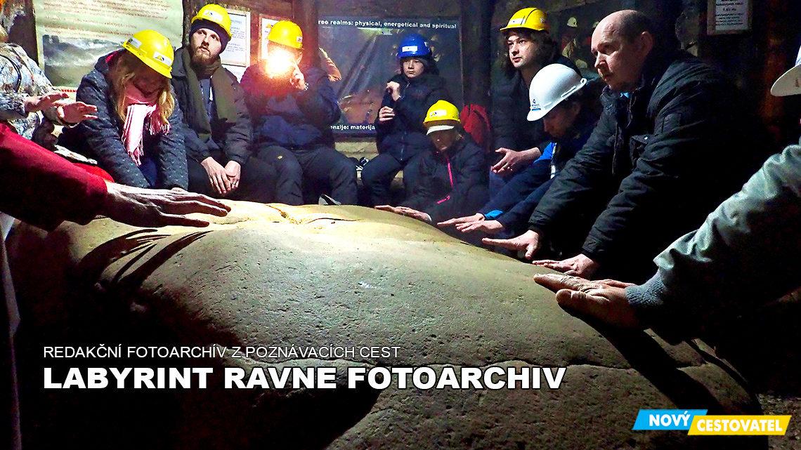 Labyrint Ravne fotoarchív