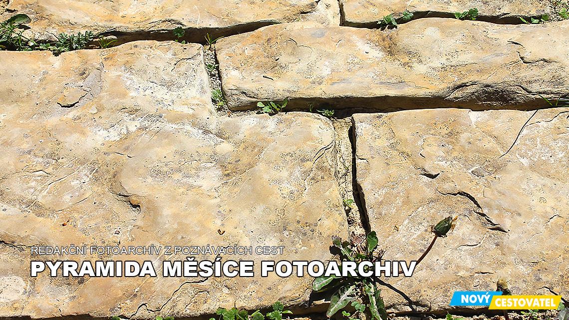 Pyramida Měsíce fotoarchív