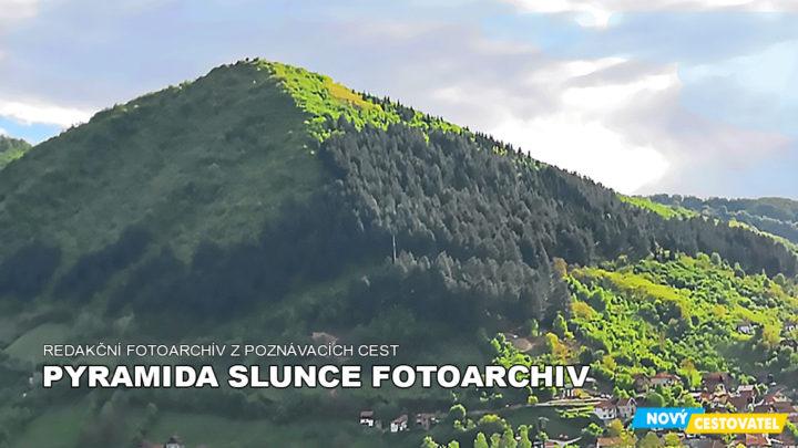 Pyramida Slunce fotoarchiv